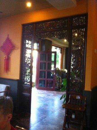 Yangshuo Village Retreat: Downstairs
