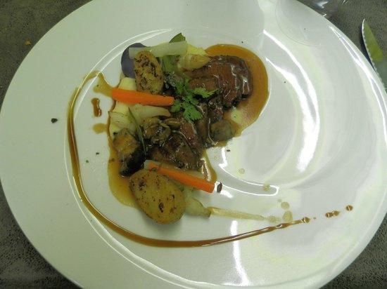 L'Assiette Roannaise : Charolais de Changy maison Chavanon et truffe d'automne, légumes de saison