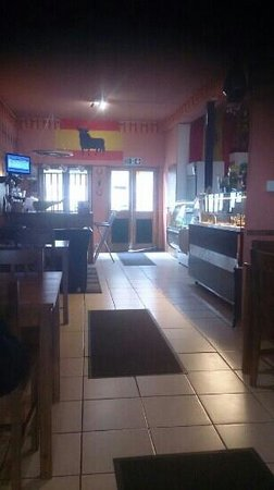 La Roca Tapas Bar: interior