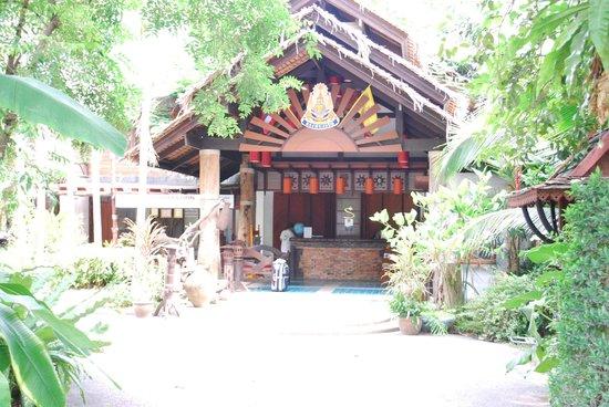 Somkiet Buri Resort: Resort reception