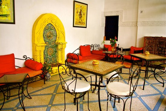 Riad Abaca Badra: Relaxing common area
