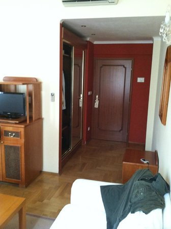Louren Hotel: Room 45 entryway.