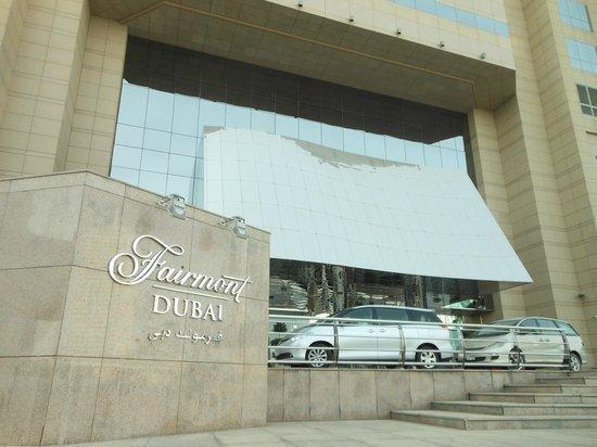 Fairmont Dubai: Next to metro APR2013