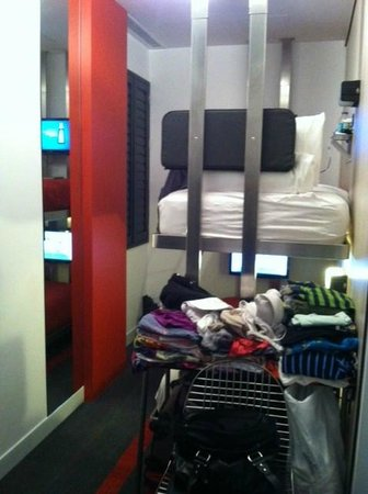 Pod 39 Hotel: We used the desk as a dresser!