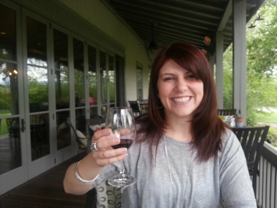 Frog's Leap Winery: Happy Wife