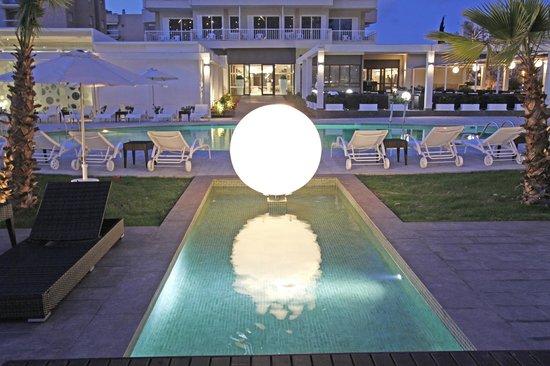 Caballero Hotel: Terraza noche