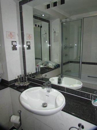 Grange Holborn Hotel: Bathroom
