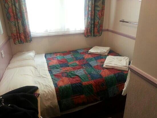 Marble Arch Inn: double room no shower