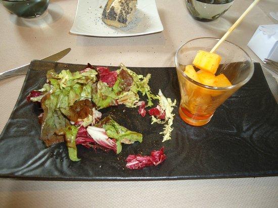 Pavillon Limere : Manchgo mariné au thym piment d'Espelette mesculin de salade