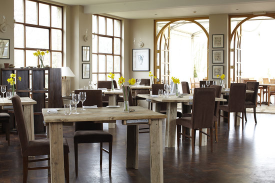 Priory Bay Hotel: Priory Oyster Restaurant