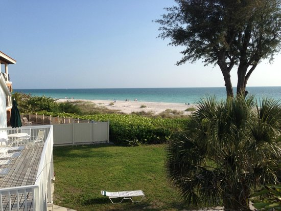 Harrington House Beachfront Bed & Breakfast : View from room balconey