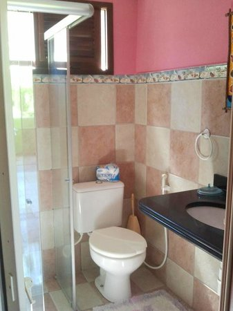 Banheiro do apartamento localizado no segundo andar do Bamboo Flat