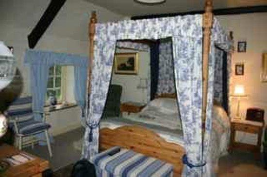 Great Sloncombe Farm : my room