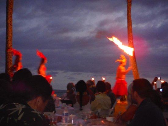 Sheraton Kauai Resort: Fire Dancer