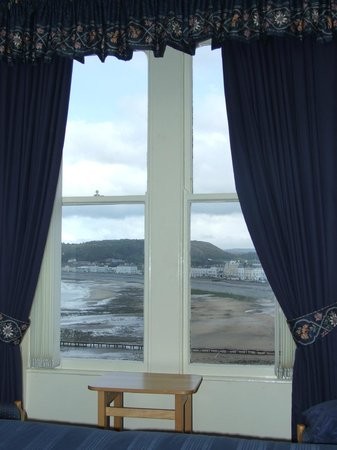 Bryn-Y-Mor Hotel : Room with a view