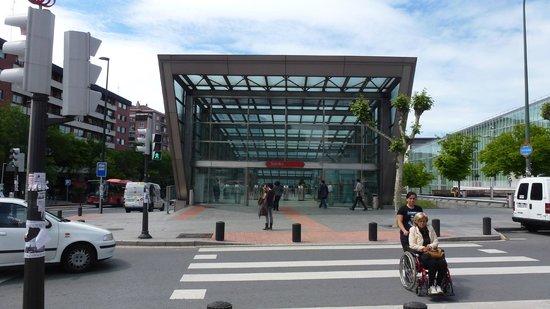 Metro de Bilbao: Sarriko