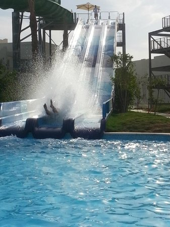 Le Royal Holiday Resort: aqua park