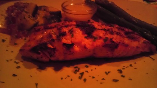 Bonefish Grill: Salmon with asparagus, gluten free (fabulous, tender, flavorful)