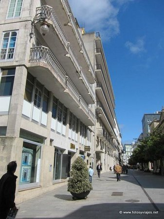 Hotel Mendez Nunez: Exterior