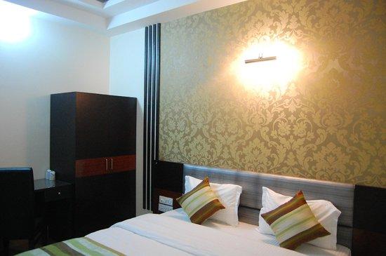 Hotel Delhi Aerocity: Super Deluxe Room
