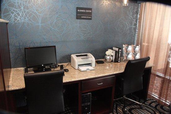Hampton Inn Rolla: Business Center