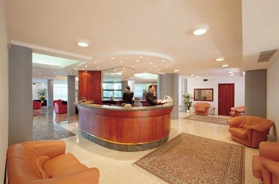 Hotel Risorgimento: Reception