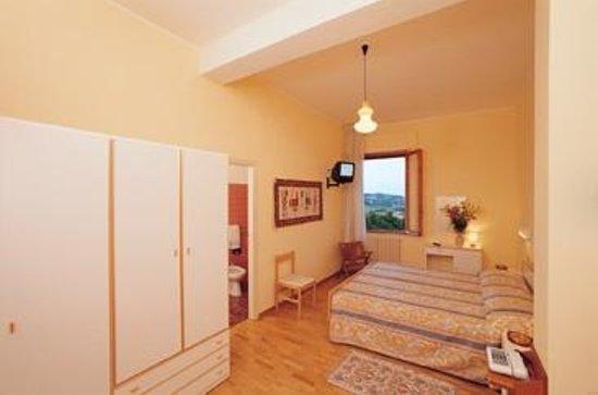 Hotel Risorgimento: Camera