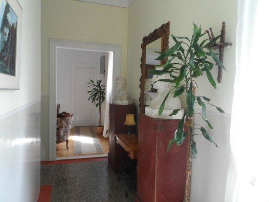 Apartments Batala: entrada al hotel