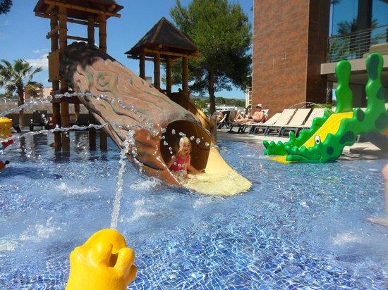 Occidental Cala Vinas: Lovely kids pool