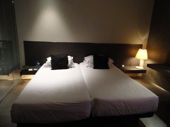 Soho Hotel: beds
