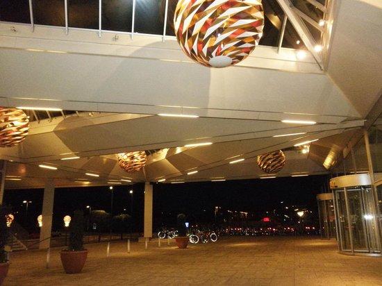 Tivoli Hotel : vid hotellet