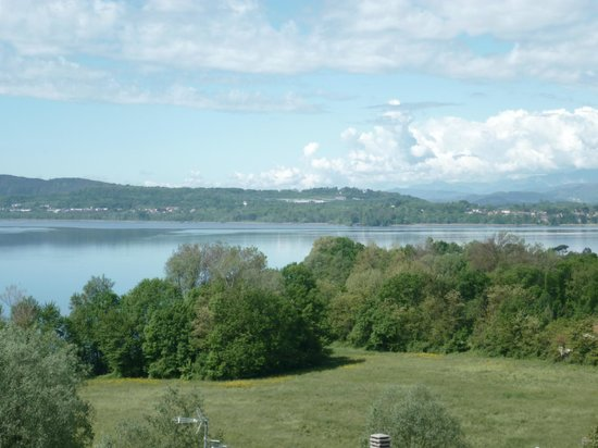 Il Nido al Lago : Lac de Varèse depuis la terrasse