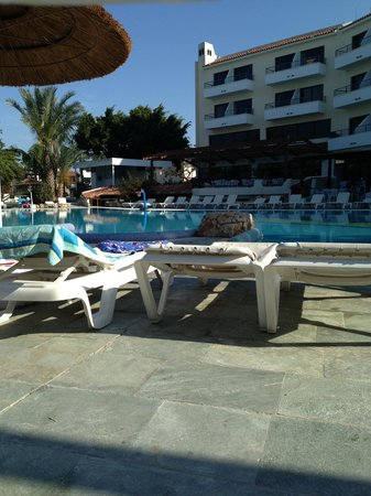 Paphos Gardens Holiday Resort: Hotel Pool