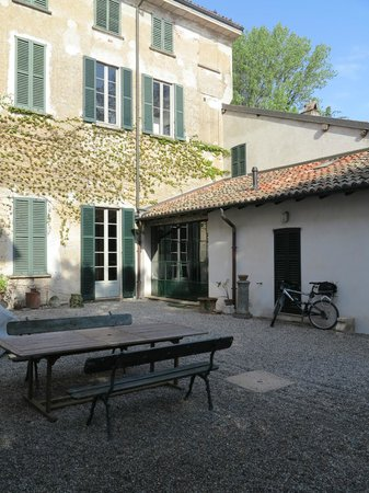 Bed and Breakfast Locanda Lugagnano: Der Innenhof