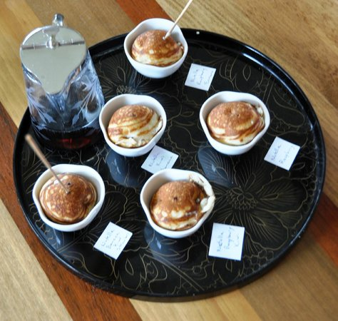 Berkshires Shirakaba Guest House: Crepe style desserts