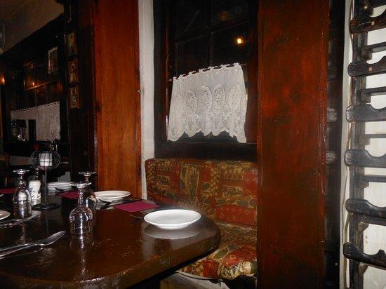 Kandles Restaurant: Interno 1