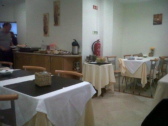 Residencia Alicante: comedor luminoso