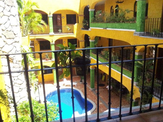 Hotel Hacienda del Caribe: From the third floor. Nice.