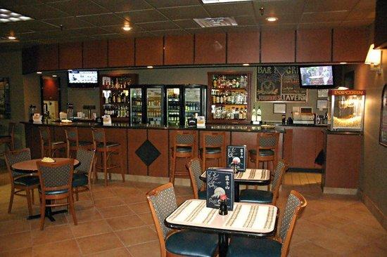Quality Inn & Suites at Binghamton University: Lounge