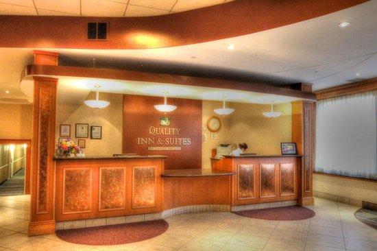 Quality Inn & Suites at Binghamton University : New Lobby