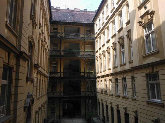 Danube Guest House: View from courtyard balcony