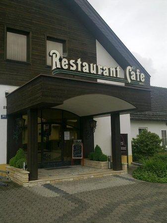 Restaurant Knes
