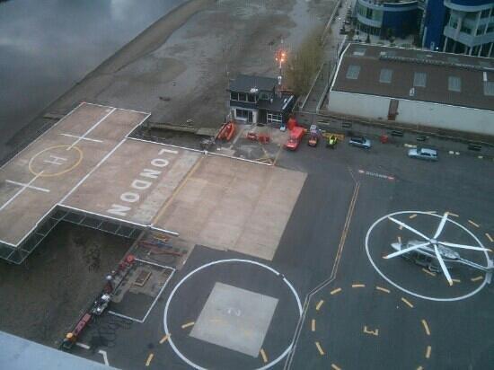 Crowne Plaza London - Battersea: helipad