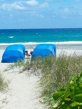 Delray Breakers on the Ocean: Beach Cabanas