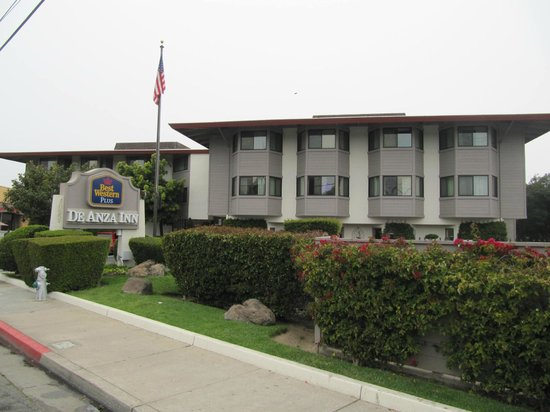 Best Western De Anza Inn: Front of Hotel