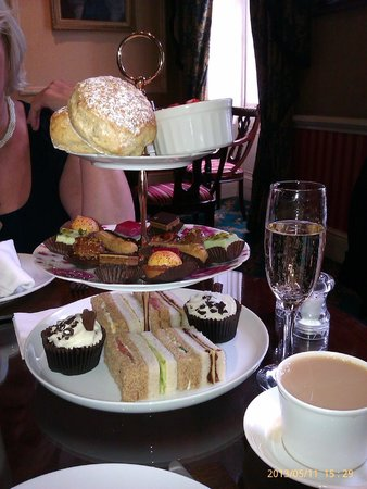 The Leonard Hotel: Afternoon Tea :o)