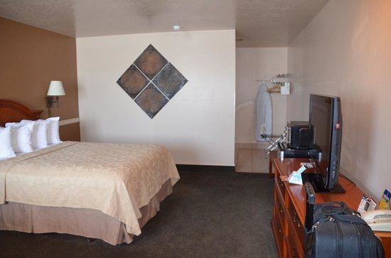 BEST WESTERN Paradise Inn: Bedroom