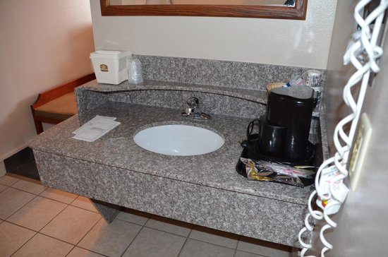 Best Western Paradise Inn: Bathroom