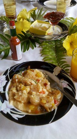 Black Dolphin Inn: Best shrimp and grits by Chef Joe Rabitialle