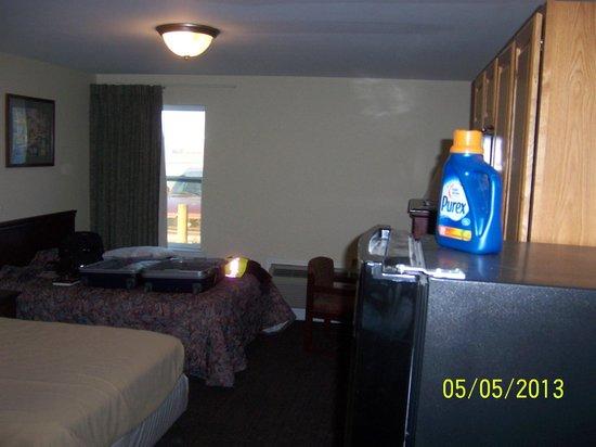 Tumbleweed Inn: room